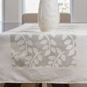 Pretty Leaf Table Runner in Cream